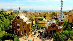 From June 2014 Parc Guell is not free anymore, the entry ticket costs 8€… but don't desperate, there are tons of FREE ATTRACTIONS in Barcelona. To discover them, click on this photo.