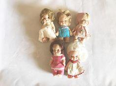 Lot of five Uneeda Baby Pee Wee dolls 1965 1966