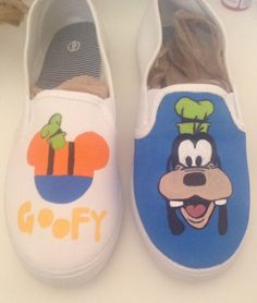 Hand painted custom Goofy shoes. by KcamsDesigns on Etsy