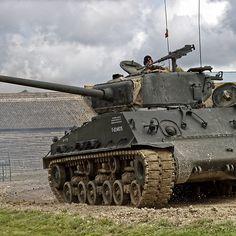 M4A2 (76) HVSS Sherman Tank