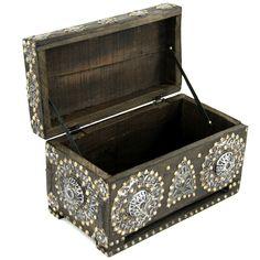 Piekna drewniana szkatuła z Maroka