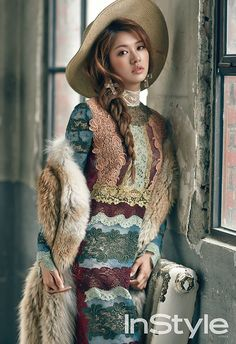 Jung So Min InStyle Magazine December 2015 Photos Miss A Suzy Elle September Jung So Min, Bold Fashion, Fashion Face, Fashion Details, Korean Fashion, Bae Suzy, Valentino Dress, Instyle Magazine, Asian Celebrities