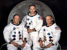Aventureros que han hecho historia - Destino: la luna  Los riesgos que corrieron los tripulantes del Apollo XI son inimaginables: un fallo en el motor, una fuga en un traje espacial, la reentrada en la atmósfera…