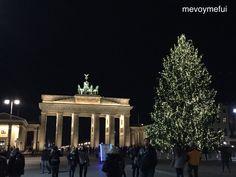 Branderburg gate christmas #berlin #germany #christmas #travel #travelblog www.mevoymefui.wordpress.com