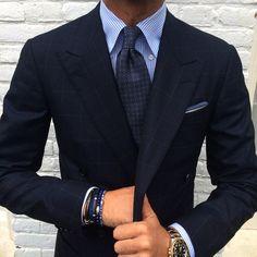 """violamilano: """" @rickycarlo wearing a Viola Milano """"Grey Floral I"""" silk tie, handrolled """"Navy Vintage"""" linen pocket square & VM bracelets… Suit by @orazio_luciano www.violamilano.com """""""