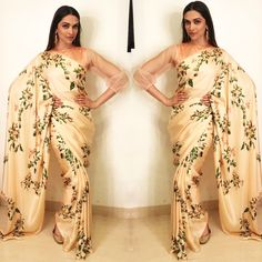 Besides her flawless appearances in chic dresses and power suits, Deepika Padukone looks magical eve. - Besides her flawless appearances in chic dresses and power suits, Deepika Padukone looks magical eve. Deepika Padukone Saree, Sabyasachi Sarees, Lehenga, Floral Print Sarees, Nice Dresses, Formal Dresses, Party Dresses, Vogue India, Fashion And Beauty Tips