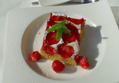 ciasto z truskawkami Strawberry, Fruit, Food, Essen, Strawberry Fruit, Meals, Strawberries, Yemek, Eten