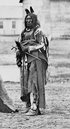 Slow Bull - Oglala 1868 Native American Print, Native American Pictures, Native American Beauty, Native American Tribes, Native American History, Native Indian, Native Art, First Nations, Oglala Sioux
