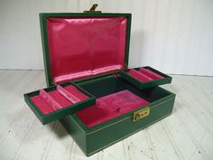Vintage Green HardShell Jewelry Box with 2 Pop Out by DivineOrders, $37.00