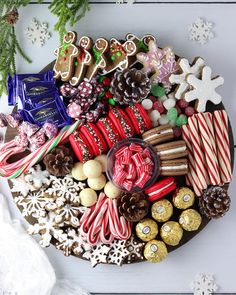 I was feeling a little creative yesterday so I made up this fun holiday platter. I thought it would Christmas Party Food, Christmas Brunch, Xmas Food, Christmas Appetizers, Christmas Sweets, Christmas Cooking, Christmas Goodies, Christmas Candy, Christmas Desserts