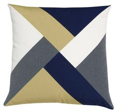 Swaths of deep navy and handsome flannel grey mingle with crisp white and bold sprout to create a pinwheel-inspired design that adds just the right touch of variety to any decor. Made with Perennial's outdoor fabrics for use both indoors and out. Sewing Pillows, Diy Pillows, Decorative Pillows, Throw Pillows, Pillow Ideas, Patchwork Cushion, Patchwork Patterns, Quilted Pillow, Pillow Inspiration