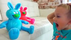 Johnny Johnny Rhymes - Baby Gombal Cukorka Gyerekek P. 330 Johnny Johnny Rhymes - Baby Gombal Cukorka Gyerekek P. Finger Family Song, Nursery Rhymes Songs, Learning Colors, Loose Weight, Coloring For Kids, Kids And Parenting, Smurfs, Dinosaur Stuffed Animal, Colours