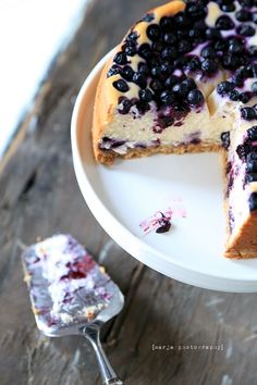 Delicious Cake Recipes, Yummy Cakes, Dessert Recipes, Cheesecake Recipes, Blueberry Cheesecake, Vegan Blueberry, Sweet Bakery, Easy Baking Recipes, Frosting Recipes