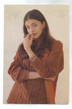 Bollywood Outfits, Bollywood Fashion, Bollywood Actress, Bollywood Style, Indian Aesthetic, 90s Aesthetic, Aesthetic Pastel, Aishwarya Rai Photo, Aishwarya Rai Bachchan