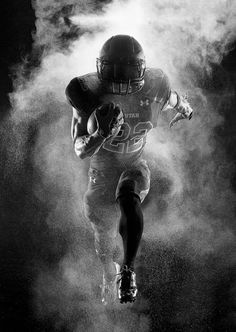 University of Utah Football | Hall of Fame Photography by Kevin Winzeler, via Behance #correres #deporte #sport #fitness #running