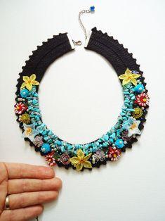 Doğal Taşlı Otantik Yaka Kolye Lace Necklace, Seed Bead Necklace, Floral Necklace, Stone Necklace, Stone Jewelry, Crochet Necklace, Collar Necklace, Beaded Jewelry Designs, Handmade Beaded Jewelry