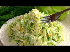 Two very tasty and original salads from banal cabbage! Clean Recipes, Cooking Recipes, Healthy Recipes, Appetizer Salads, Tasty, Yummy Food, Cabbage Salad, Cabbage Recipes, Russian Recipes
