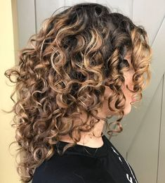 60 Styles and Cuts for Naturally Curly Hair Long Curly Hairstyle for Balayage Hair Curly Hair Styles Easy, Curly Hair With Bangs, Haircuts For Curly Hair, Short Curly Hair, Natural Hair Styles, Short Hair Styles, Curly Girl, Wavy Hair, Curly Medium Length Hair