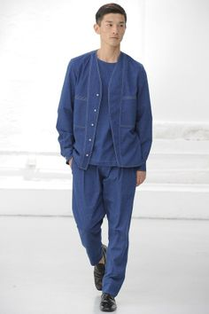 ba0a801c86e Christophe Lemaire Spring 2015 Menswear Collection Slideshow on Style.com  Ss15 Fashion