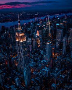 Never stop dreaming ✨ #empirestate #empirestatebuilding #nyc #newyork #newyorkcity #NY #city #photography #aerial #aerialphotography…