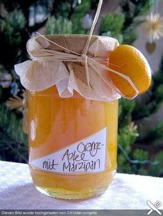 Apple - orange jam with marzipan - Backen und Kochen - mini caramel apples Jam Recipes, Gourmet Recipes, Vegetarian Recipes, Chutneys, Marzipan Recipe, Orange Jam, Jam And Jelly, Chocolate Fondant, Liqueur
