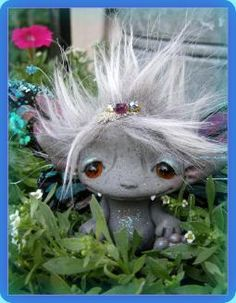 So many little Trollflings and I want them all!  LOL. Ok, I'll settle for 1 or 2.