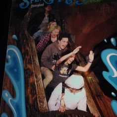 My favorite picture from Disneyland. None of them knew what they were getting into until it was too late #disneyland #splashmountain #fear #funny #wet #friends @tsukiyamille @zacharydfrancis @spanish.spice by led_gengar