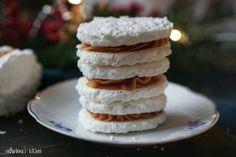 Kokosové Laskonky se čtyřmi druhy krémů – reBarbora's kitchen Pancakes, Breakfast, Food, Morning Coffee, Essen, Pancake, Meals, Yemek, Eten