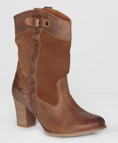Heeled Sancho Cowboy Boots from Levi's #poachit