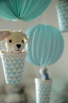 whimsical hot air balloon decoration diy kit - pink & cream ... - Diy Baby Deko