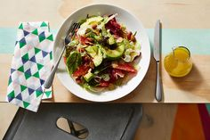 Pink grapefruit, shaved fennel and avocado salad