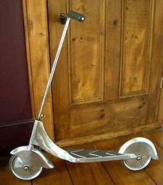 Znalezione obrazy dla zapytania vintage kids scooter