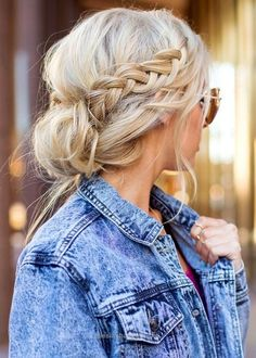 Look Over This —> C♥♥L <—- 10 Cute Easy Hairstyles To Try In 2017 The post —> C♥♥L <—- 10 Cute Easy Hairstyles To Try In 2017… appeared first on Haircuts and Hairstyles 2018 .