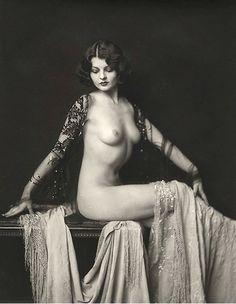 Desnudo de locuras de Ziegfeld de 1920 estrellas Lillian Bond-negro y blanco-varios tamaños - aleta erótico Sensual Sexy [730-184]