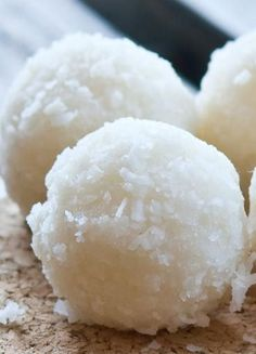 Coconut Heaven Energy Bites. They are very healthy, full of coconut and coconut oil, with healthy fats, vitamins and minerals, dietary fiber, and protein.