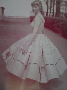 lovely 50s dress