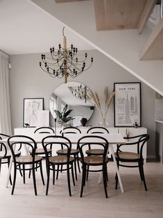 En modern dröm hemma hos Emma Melin – Happy Homes Dining Room Design, Apartment Inspiration, Interior Design, House Interior, Apartment Decor, Home, Interior Design Living Room, Interior, Home Decor