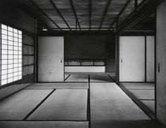 Katsura: Picturing Modernism in Japanese Architecture: Photographs by Ishimoto Yasuhiro , http://en.wikipedia.org/wiki/Katsura_Imperial_Villa http://www.amazon.com/dp/0300163339/ref=cm_sw_r_pi_dp_UeEvsb0P6VEVT