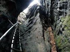 Skalní průrva Úzké schody u Jetřichovic Beatles, Garden Tools, Mario, Yard Tools, The Beatles