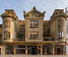 casa Oradea - albert grosescu fb Romania, Mansions, House Styles, Home Decor, Decoration Home, Manor Houses, Room Decor, Villas, Mansion
