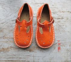 French vintage 50's / kids shoes / sandal by Prettytidyvintage, €45.00