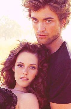 "Kristen Stewart and Robert Pattinson in a photo shoot for ""Vanity Fair"" magazine 2008....."