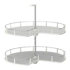 75e koko 88cm IKEA - UTRUSTA, Kulmapöytäkaappikaruselli, 25 vuoden takuu. Lisätietoja ja takuuehdot takuuvihkosessa.Pyörivien hyllyjen ansiosta kulmaan jäävä tila tulee hyödynnettyä tehokkaasti ja tavarat ovat helposti nähtävissä ja saatavilla.Siirrettävän hyllylevyn ansiosta hyllyväliä on helppo säätää tarpeen mukaan.Hyllylevyssä naarmutusta kestävä melamiinipinta, joka on helppo pitää puhtaana.Erinomainen kattiloille, uunivuoille ja kuivaelintarvikkeille.