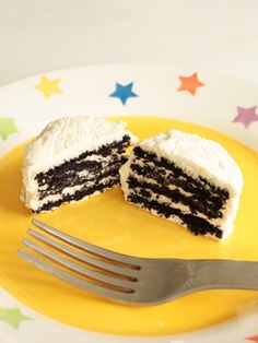 Fabulous idea for making Oreo no bake cakes! From the blog 'small-good-things.com'.