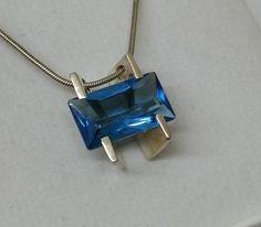 Vintage Anhänger - Silber 925 Designer Anhänger Kristall blau SK833 - ein Designerstück von Atelier-Regina bei DaWanda