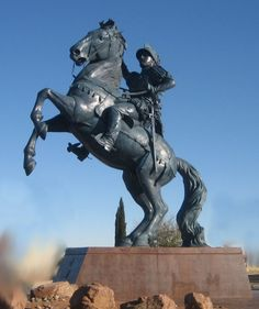 Statue of Don Juan de Oñate at El Paso International Airport, Tx.