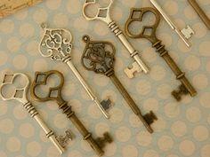 20 skeleton keys skeleton key bulk keys by GlowberryCreations