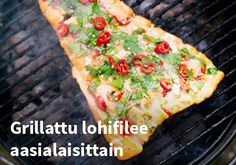 Grillattu lohifilee aasialaisittain, Resepti: Finefoods #kauppahalli24 #resepti #lohifilee #grilliruoka #verkkoruokakauppa Vegetable Pizza, Quiche, Picnic, Vegetables, Breakfast, Morning Coffee, Quiches, Vegetable Recipes, Picnics