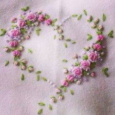 Love hearts, love hand-crafter embroidery