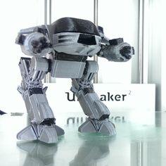 Modelo 3D ED-209 mejorado, Geoffro